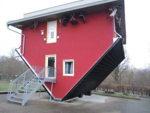 Haus auf Kopf in Putbus/ Rügen