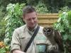 Malaienkauz am Eingang des Weltvogelparks Walsrode