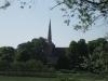Kirche Lindenberg - Blick von der Straße nach Hasseldorf